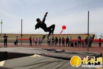 榆林职业技术学院第五届阳光体育运动会开始了