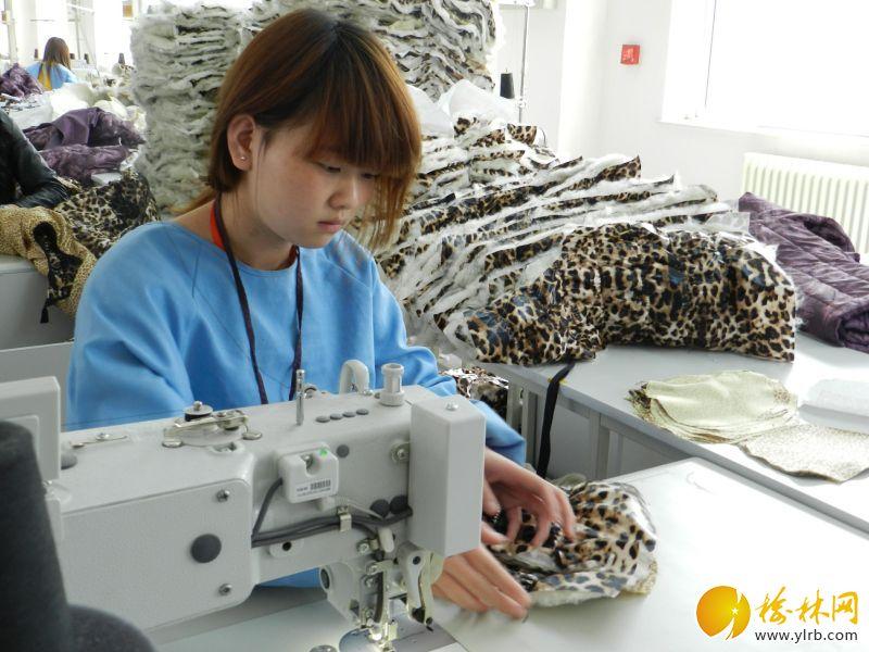 羊毛防寒服企业员工制作衣物