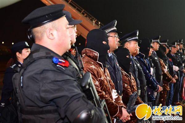 (法治)(3)191名电信网络诈骗犯罪嫌疑人从老挝被押解回国