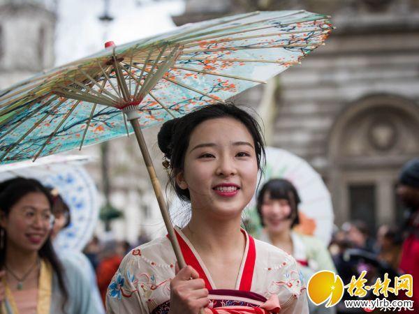 伦敦举行游行庆典庆祝新春