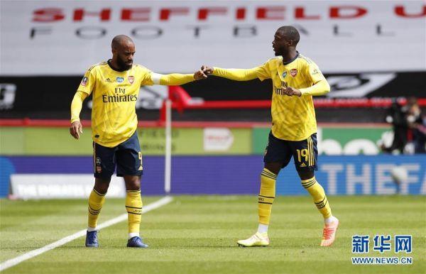 (体育)(2)足球——英格兰※足总杯:阿森纳晋级�o�其他�状箝L老四强