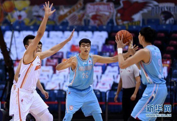 (体育)(9)篮球——CBA复赛第一阶段:八一南昌胜新疆伊力特