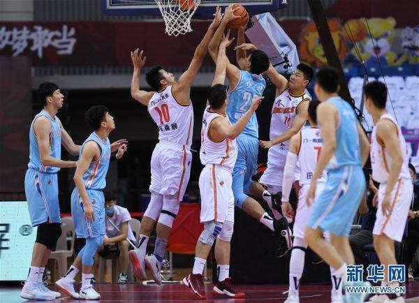 (体育)(10)篮球——CBA复赛第一阶段:八一南昌胜新疆伊力特
