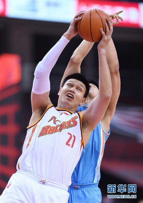 (体育)(1)篮球——CBA复赛第一阶段:八一南昌胜新疆伊力特