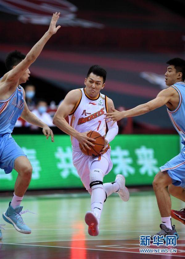 (体育)(2)篮球——CBA复赛第一阶段:八一南昌胜新疆伊力特