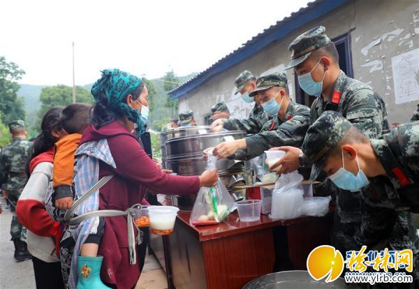 (图文互动)(1)四川冕宁:武警官兵全力协助开展救援工作